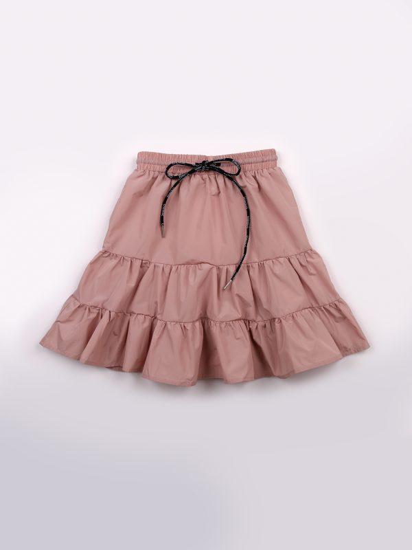 חצאית קומות וקשירה שמיז