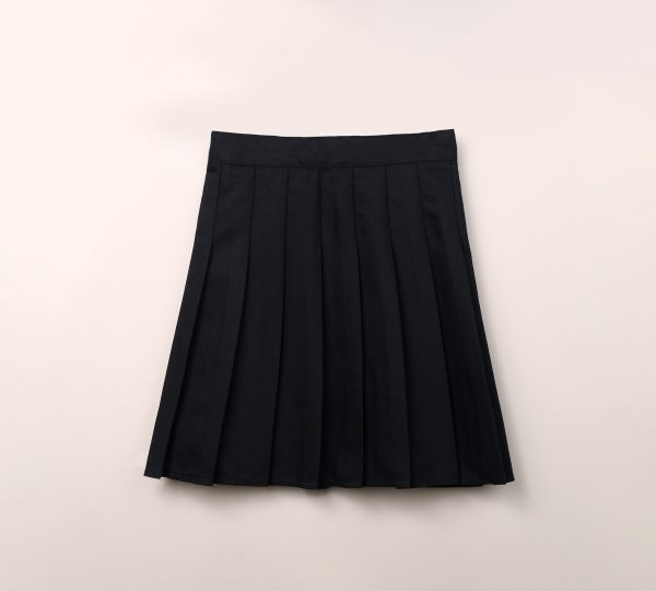 חצאית סקול קפלים ולוגו