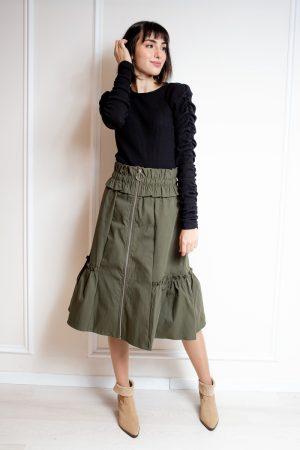 חצאית כיווצים וריצרץ זית