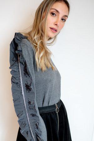 חצאית מתרחבת וריצרץ-שחור