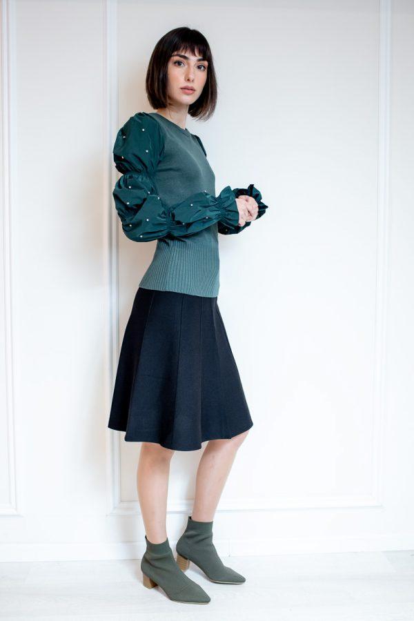 חצאית בייסיק חלקים-שחור