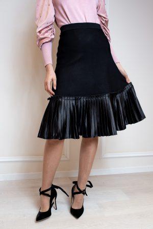 חצאית סריג ופליסה-קצר