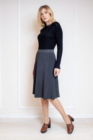 חצאית סריג מתרחבת -אפור