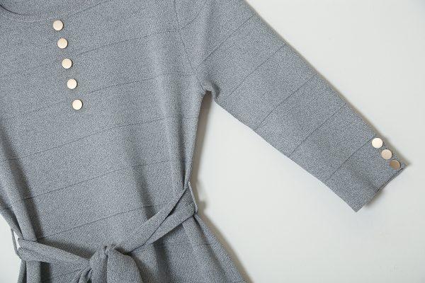 שמלת קומות כפתורי כסף-אפור