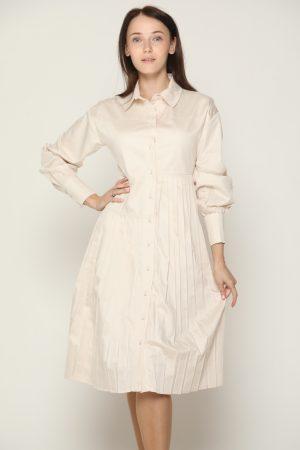שמלת צווארון פליסה - beigh
